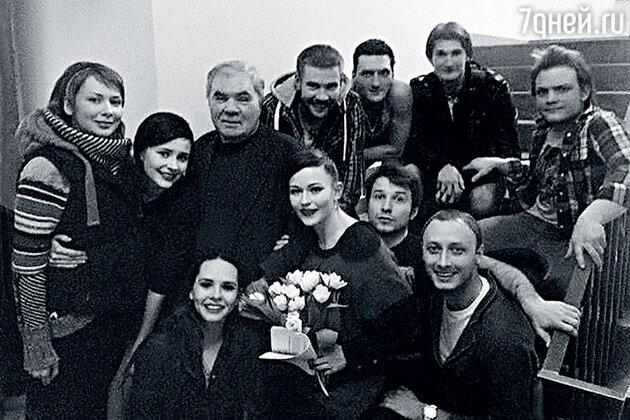Курс профессора Олега Львовича Кудряшова (в центре)