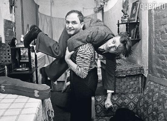 С Николаем Бурляевым в фильме «Военно-полевой роман». 1983 г.