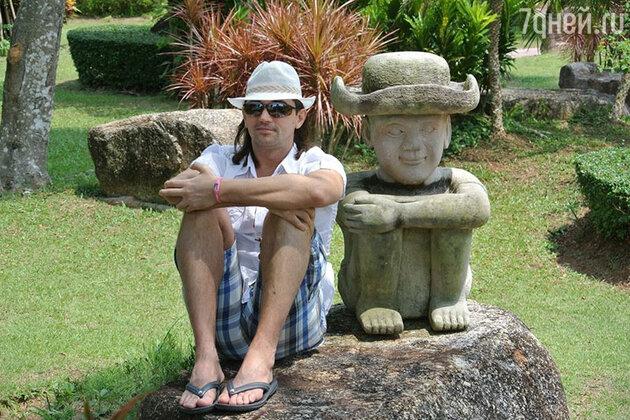 «Когда я прилетаю в Таиланд, обязательно снимаю виллу с собственным небольшим бассейном, огороженной территорией, всеми удобствами»
