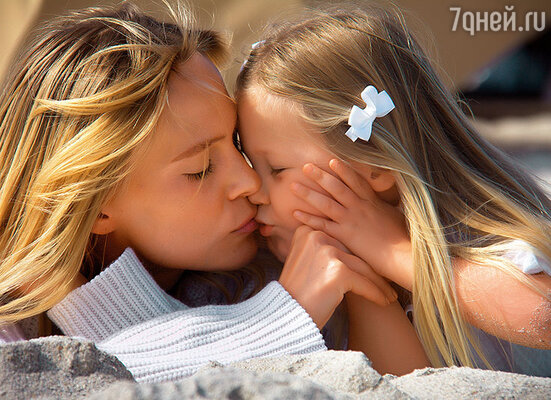 «Многие учат дочерей: главное — удачно выйти замуж. Женщина  выбирает семью, растворяется в муже и детях. Стащи меня со сцены — сдохну!»