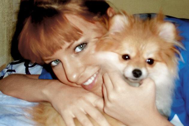 Наталья Подольская с любимой собакой Пухом