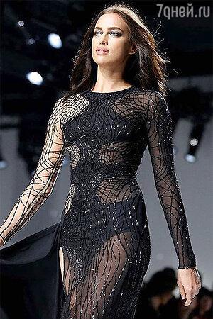 Показ Versace. Ирина Шейк