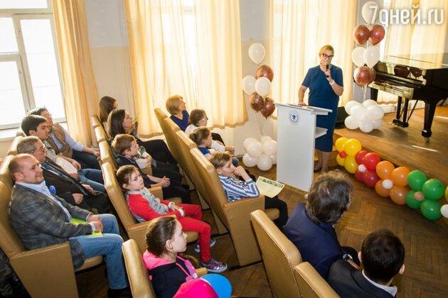 Арина Шарапова открыла свою «Школу искусств и медиатехнологий»