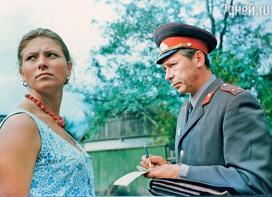 Олег Ефремов с Людмилой Зайцевой в фильме «Здравствуй и прощай». 1972 г.