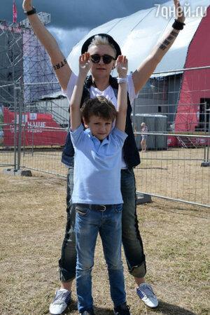 Диана Арбенина с сыном Артемом