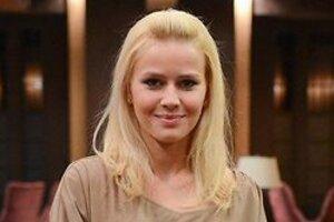 ВИДЕО: Екатерина Кузнецова показала идеальную фигуру в купальнике