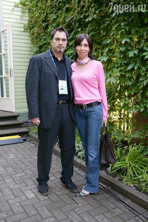 Валерий Меладзе с женой Ириной в Юрмале, 2004 год