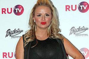 Постройневшая Анна Семенович и другие звезды повеселились на пре-пати премии RU.TV