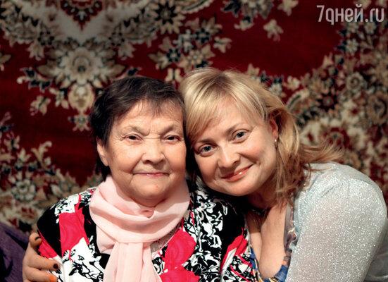 «Мама стала самой близкой моей подружкой, которой можно было доверить все переживания». Замесяц досмерти Валентины Иосифовны. Октябрь 2011 г.