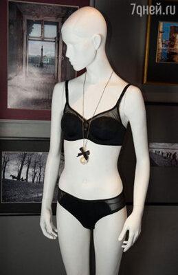 Модель белья из новой коллекции