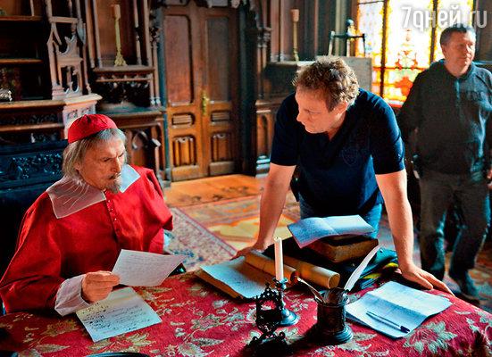 Василий Лановой и Сергей Жигунов  во время съемок фильма «Три мушкетера»