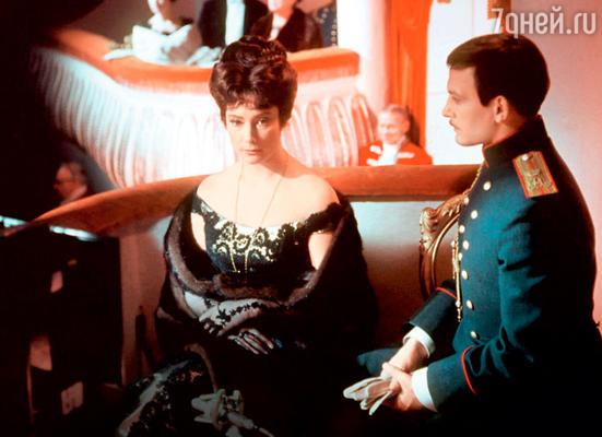 Василий лановой с первой женой Татьяной Самойловой в фильме «Анна Каренина». 1967 г.
