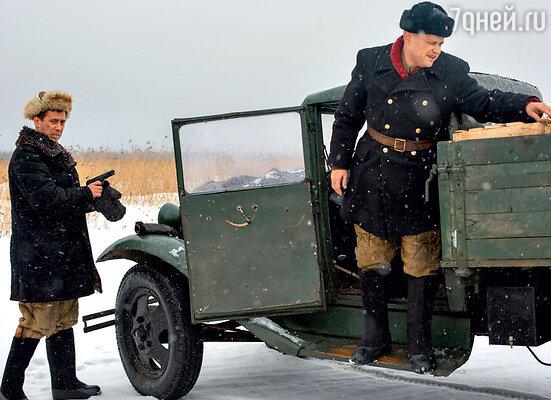 На съемках использовали те самые машины, которые доставляли хлеб в осажденный Ленинград