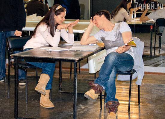 Марина Александрова и Артур Смольянинов тоже сыграют в новой постановке