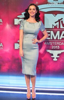 Кэти Перри в платье от Zac Posen