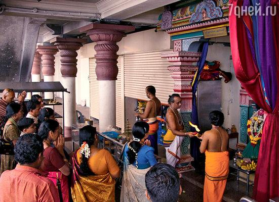 В индуистском храме каждый верующий может не только помолиться, но и пообедать