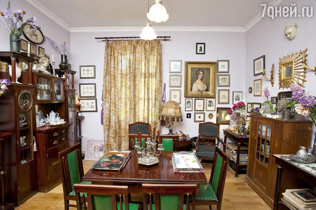 Гостиная в квартире Александра Васильева