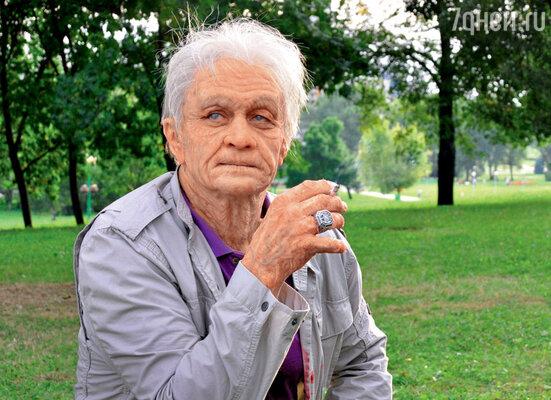 Александра Домогарова в сериале «Зоннентау» гримеры превратили вглубокого старика