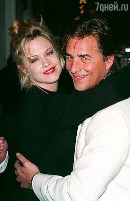 За актера Дона Джонсона Мелани выходила замуж дважды. 1990 г.
