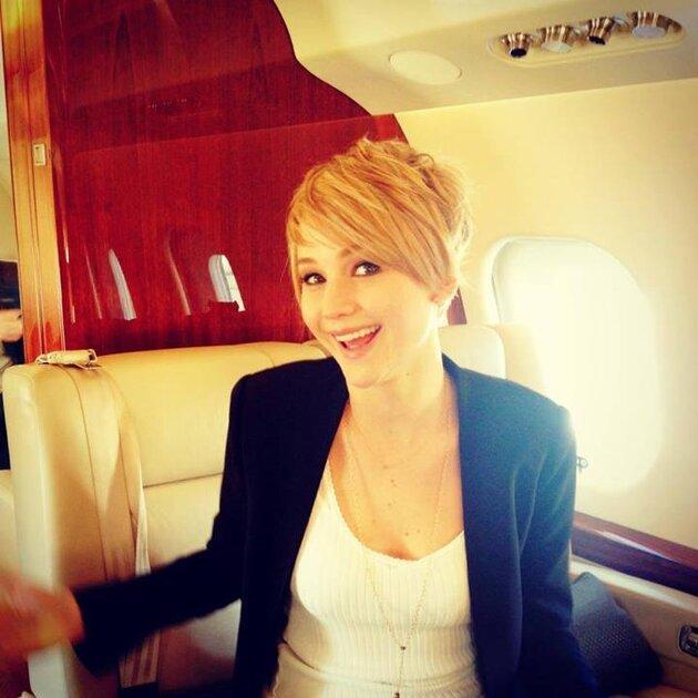 Дженнифер Лоуренс остригла свои роскошные локоны 2013
