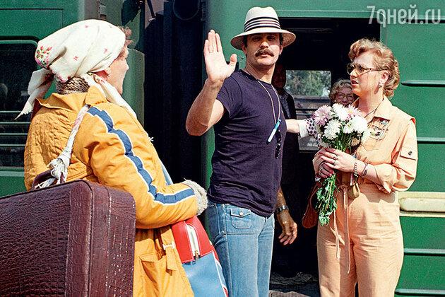 Нонна Мордюкова, Никита Михалков и Светлана Крючкова на съемках фильма «Родня». 1981