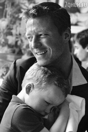 Грегорио Марсиай с сыном Эдвардом