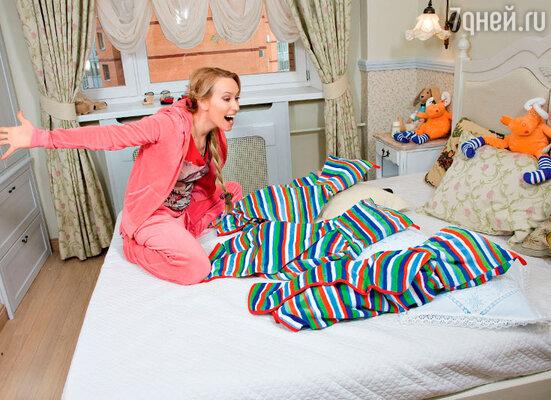 Мария Болтнева стала многодетной мамой... в один день — она родила тройню. 2012 год