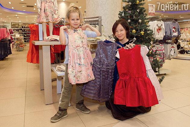 Евгения Добровольская с дочкой Настей