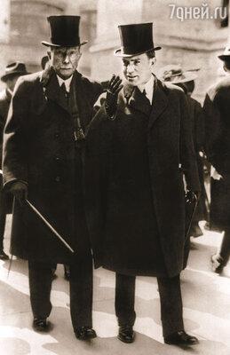 Джон Рокфеллер с младшим сыном Джоном