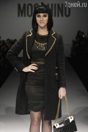 Кэти Перри на показе Moschino