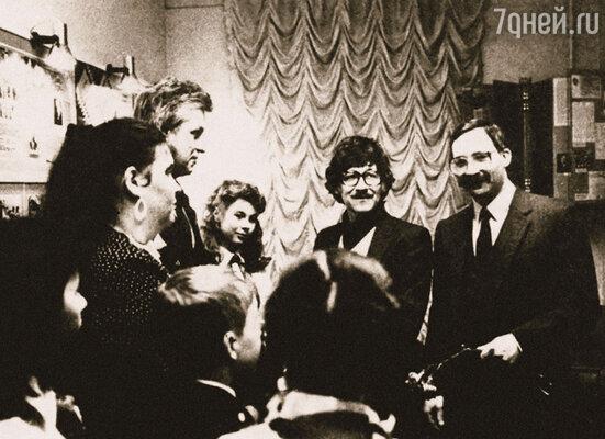Братья Евгений (в центре) и Максим Дунаевские