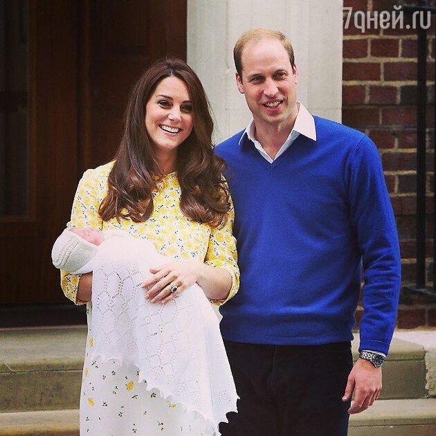 Кейт Миддлтон с дочкой и принц Уильям
