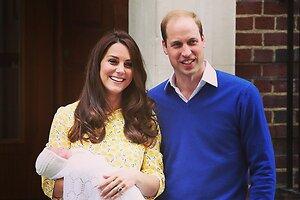 Кейт Миддлтон и принц Уильям показали новорожденную дочь
