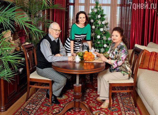 С родителями Станиславом Юрьевичем и Лией Александровной