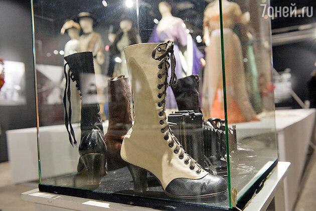 Обувь эпохи революции