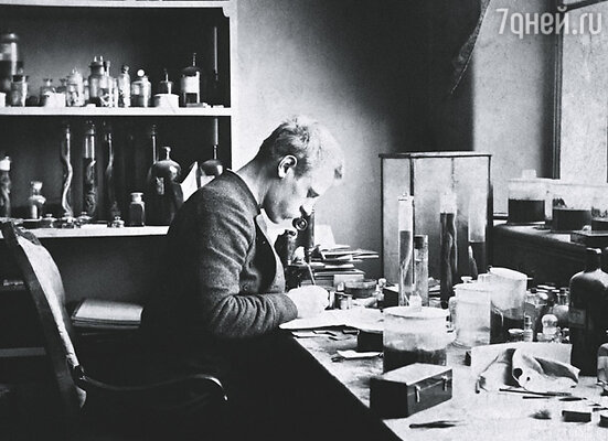 Фритьоф Нансен начинал как ученый зоолог, лаборант с ничтожным жалованьем в музее города Бергена