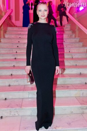 Екатерина Вилкова в платье Vionnet из коллекции pre-fall 2013