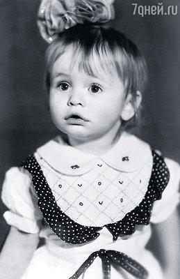 Я была очень активным ребенком, без конца что-то выдумывала, чем-то увлекалась