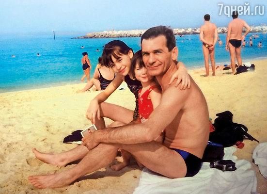 С папой и племянницей Полиной