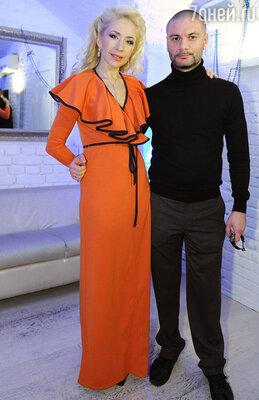 Анастасия Гребенкина с мужем Юрой
