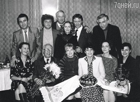 Андрей Миронов на 20-летии курса Щукинского училища. Крайний слева — Михаил Воронцов. 1982 г.