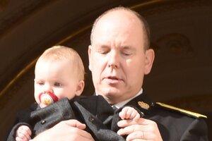 Князь Монако Альбер II и княгиня Шарлен отпраздновали первый день рождения своих близнецов