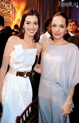 С Анджелиной Джоли