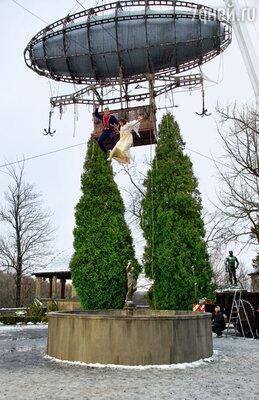 Анна Чиповская и Антон Соколов выполняли прыжок внебольшой фонтан без каскадеров...