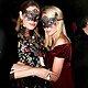 Наталья Водянова и Яна Рудковская надели маски