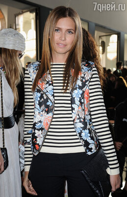 На показе летней коллекции Missoni.  Неделя моды в Милане 2012 год