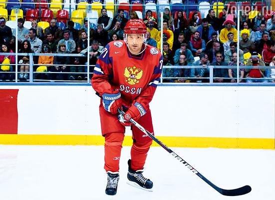 Алексею Чадову пришлось сесть на белковую диету, чтобы стать похожим на стокилограммового Илью Ковальчука