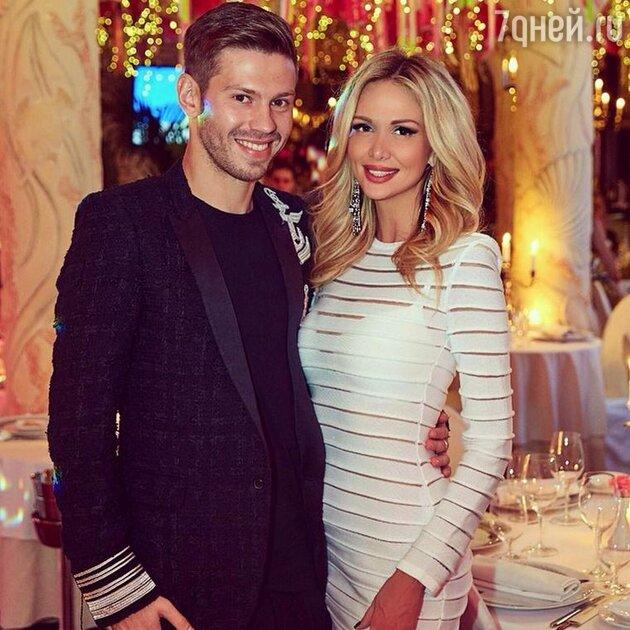 Федор Смолов и Виктория Лопырева