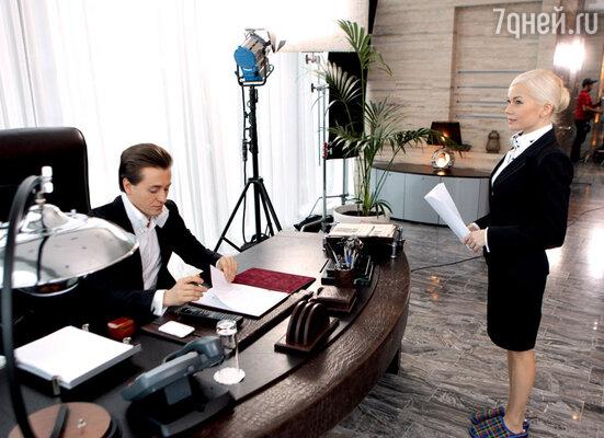 Партнерша Безрукова Елена Корикова даже в домашних тапочках похожа на королеву красоты