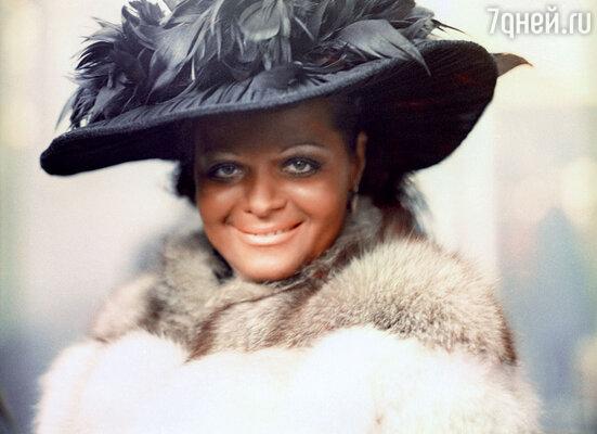Лариса Долина сыграла чернокожую джазовую певицу, будучи на шестом месяце беременности